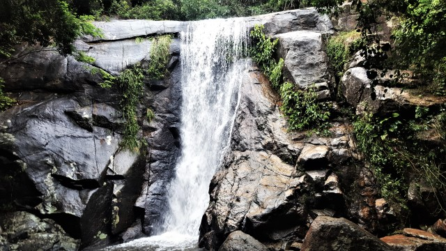 ilha grande cascade